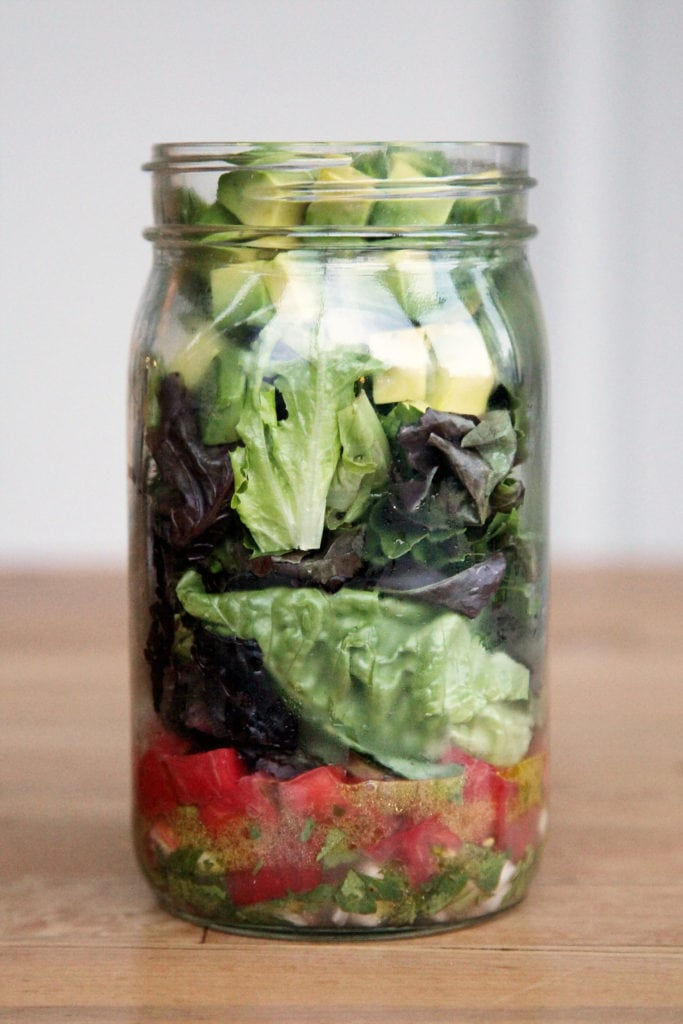 0d70fc4e2bbc6b90_Guacamole-Mason-Jar-Salad.xxxlarge_2x