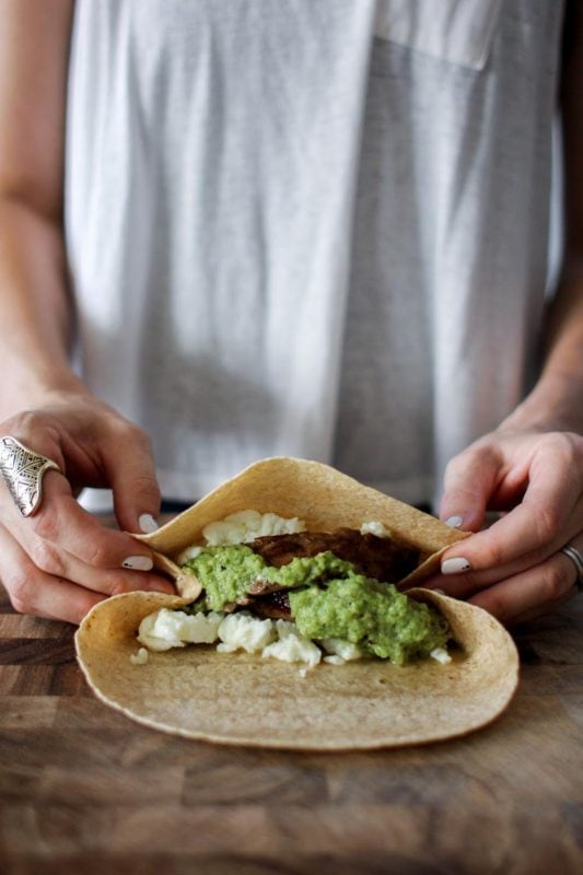 Steak & Egg White Salsa Verde Breakfast Wraps