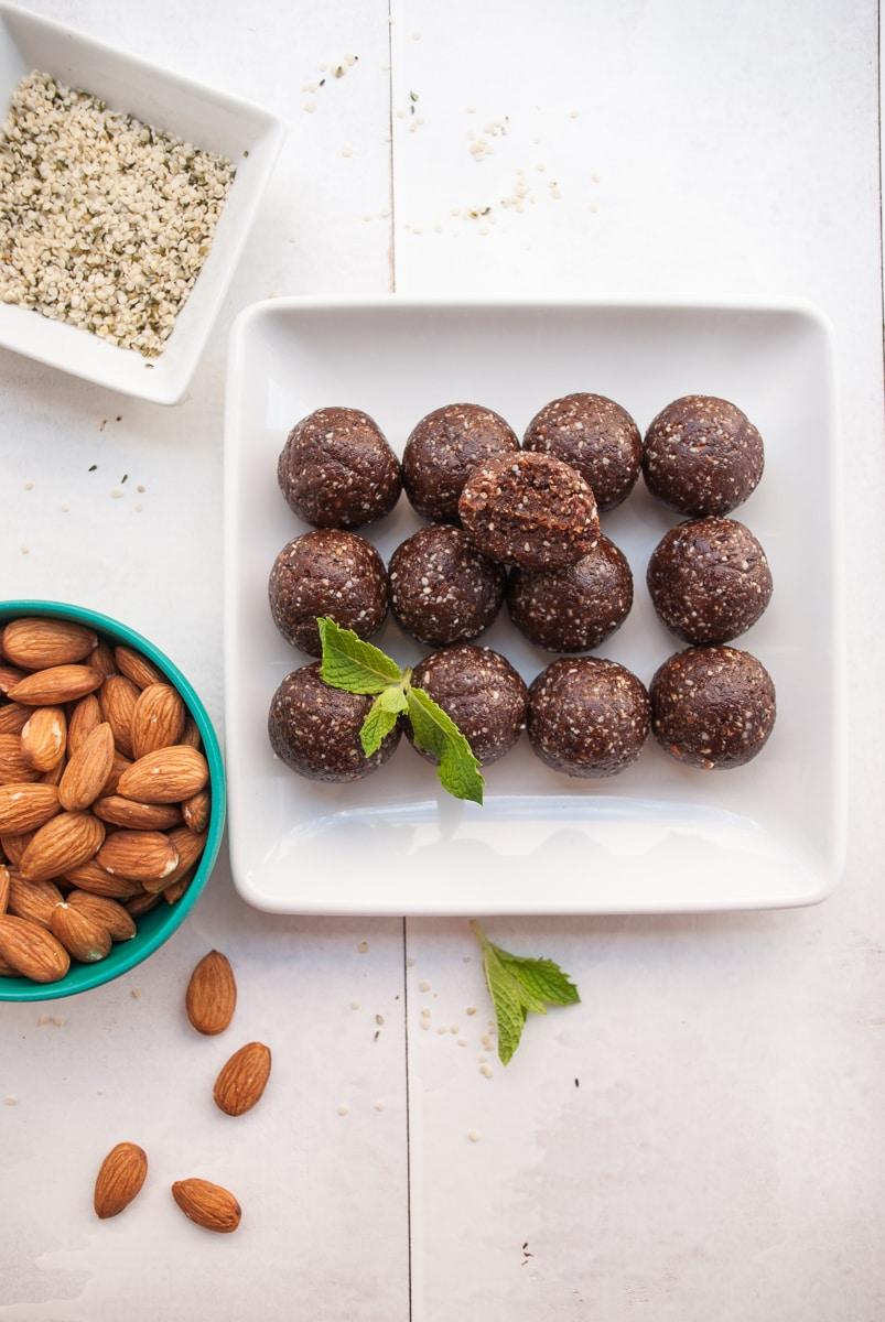 Mint Chocolate Energy Bites