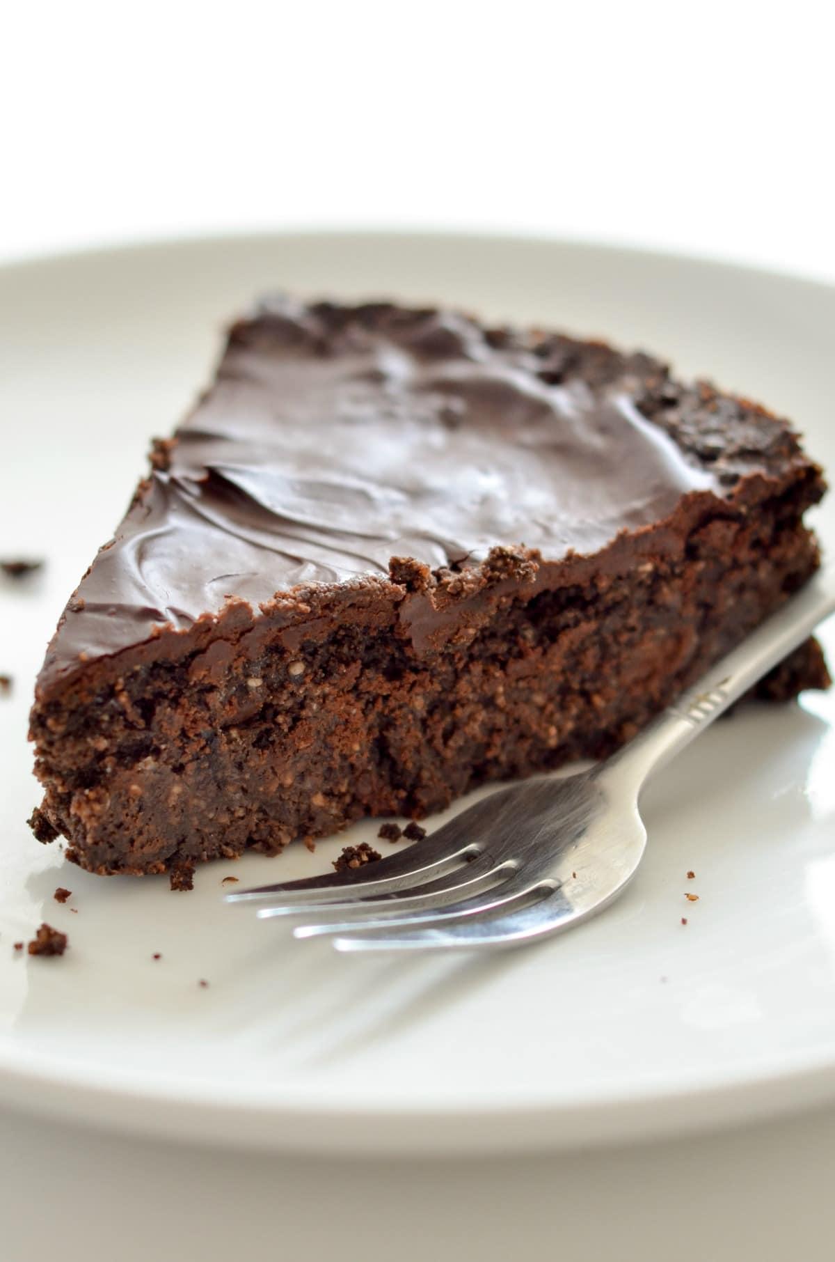 Vegan Triple Chocolate Brownie Cake_-8