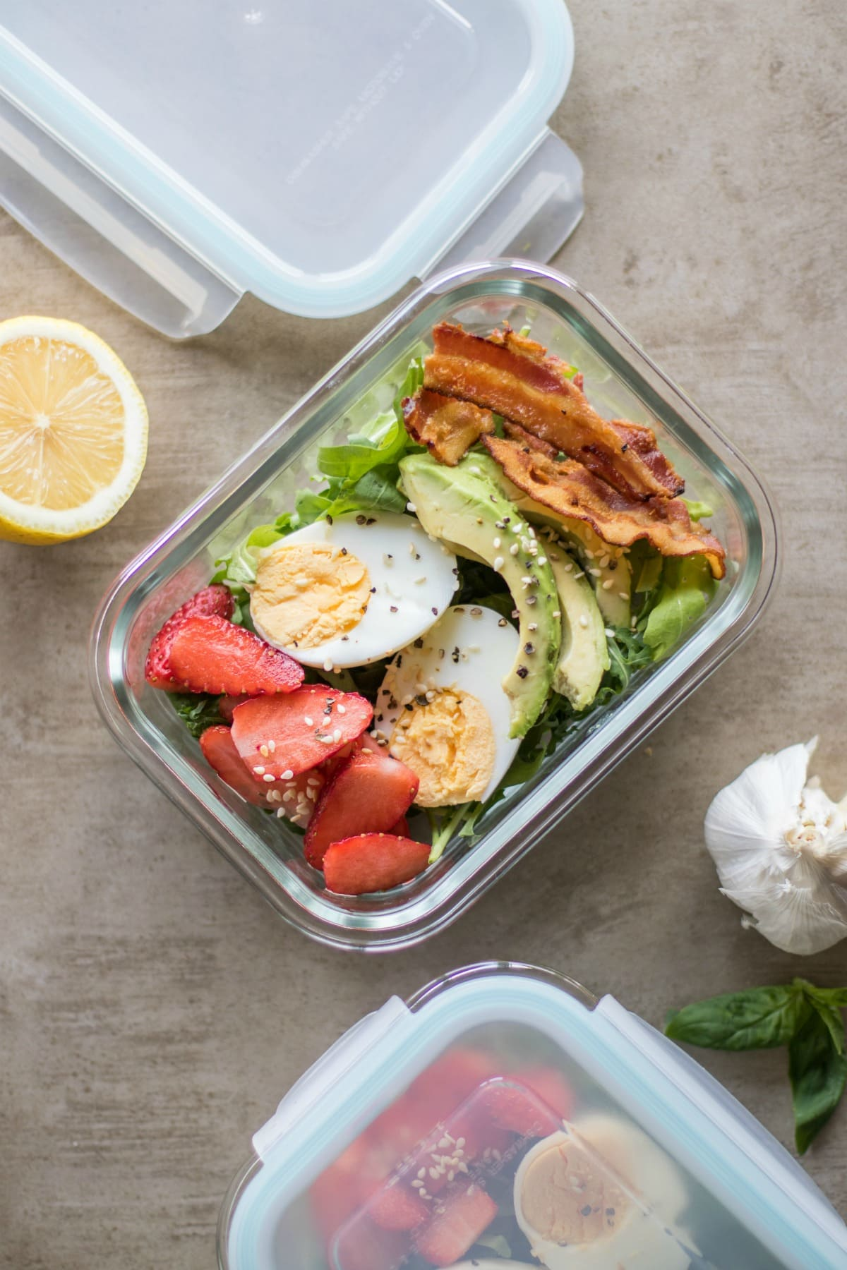 Whole30 Bacon & Strawberry Breakfast Salad